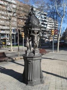 Fuente Wallace Diagonal con Roger de Lluria. Barcelona